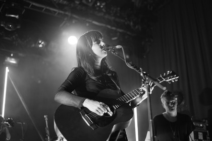 Intensiv - Fotos: Of Monsters And Men live in der Batschkapp in Frankfurt